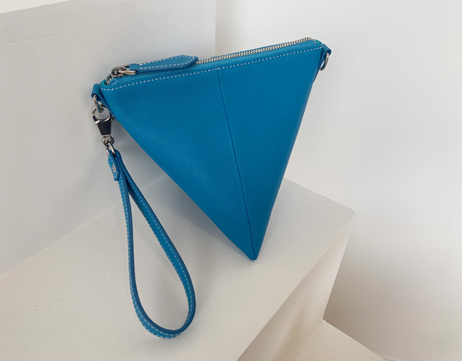 TRIANGLE BAG_ cerulean blue