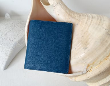 HALF WALLET_ royal blue