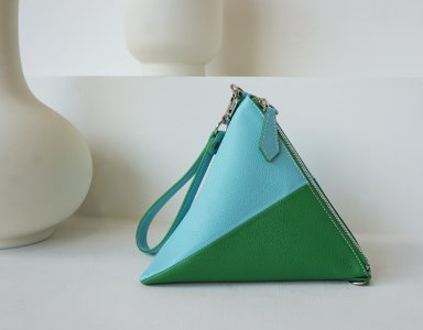 TRIANGLE BAG_ BG