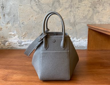 HEXIE BAG M_ warm gray